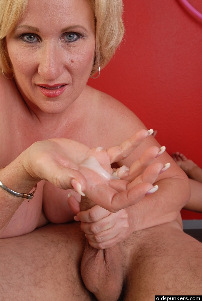 Romelia recommend Head inside a pussy