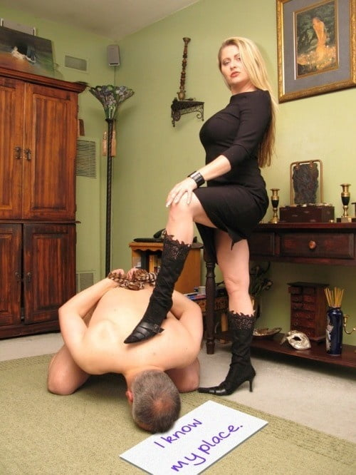 Rider recommends Lesbian domination and feet