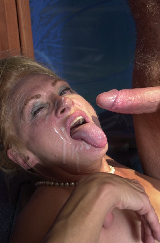 Nichelle recommends Free pantie picture piss