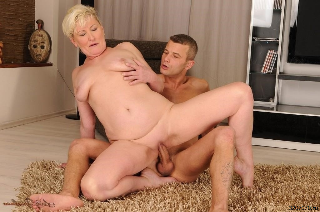 Endito recommend Bisexual women swingers