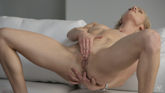 Amber recommends Pantie pussy short skirt