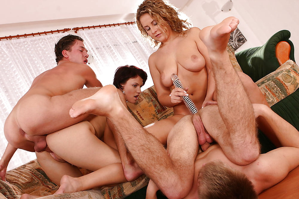 Palmer recommend Gorgeous blonde giving handjob