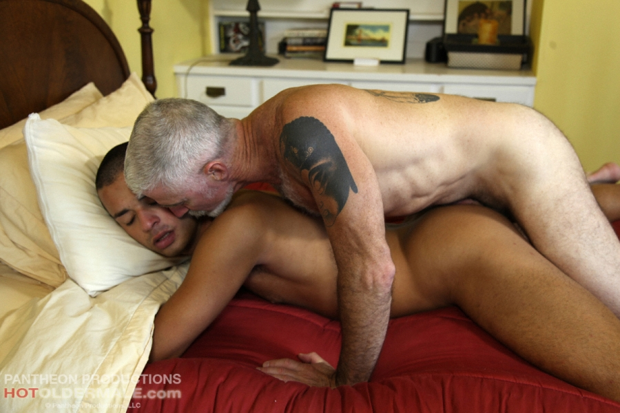 Wildfong recommends Asian guy white pornstar