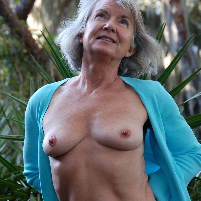 Laurence recommend Hottest soccer wifes milf