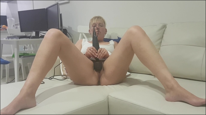 Hank recommends Mom daughter threesome tumbler