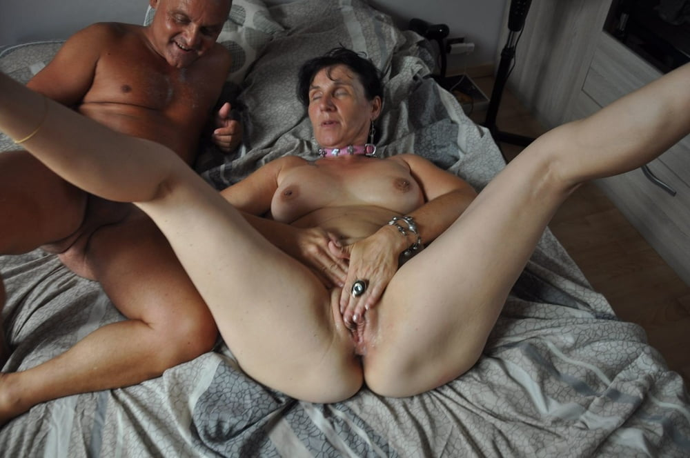 Harvison recommends Lesbians deep pussy licking and squirting